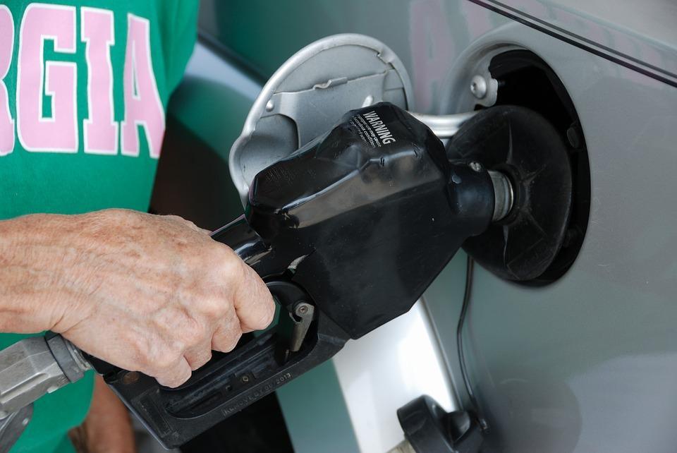 The brief explanation to gas tank door location