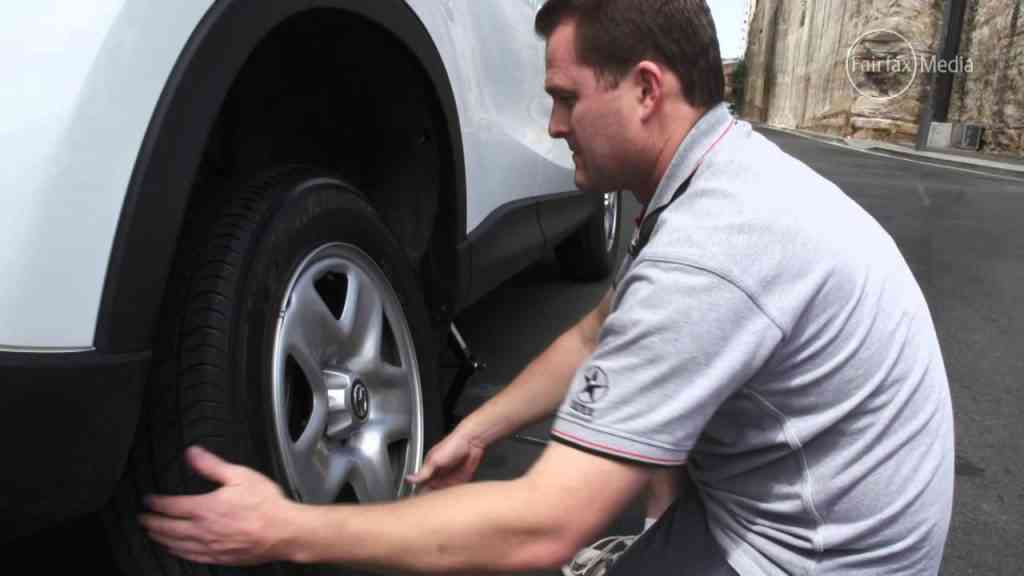 Know Here About Removing Wheel Stuck On Car