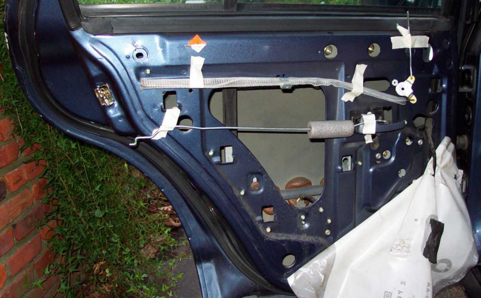 A manual on how to fix a car door handle can also help lessen the work