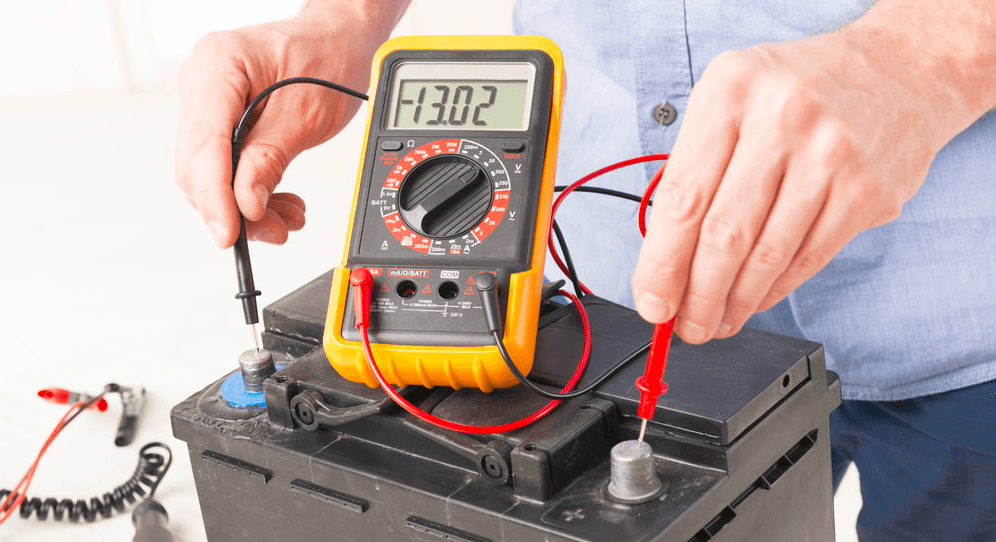 check car battery with multimeter