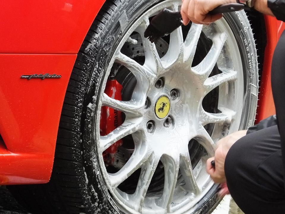 how to clean alloy wheels scrub