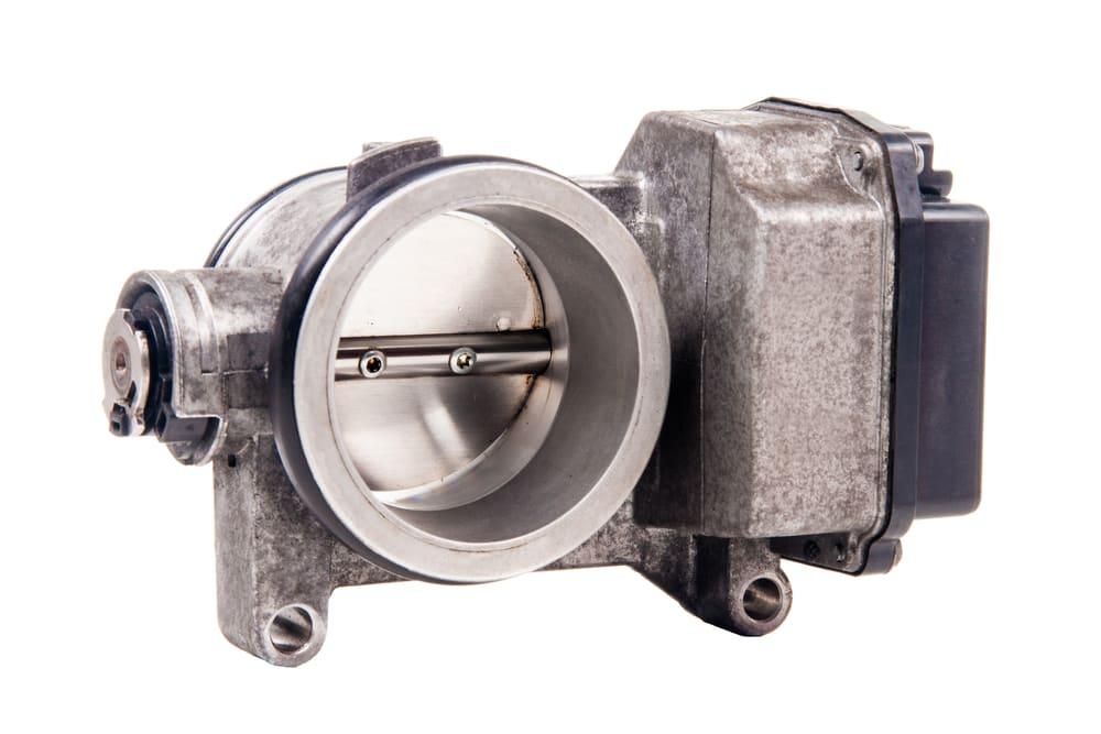 find a vacuum leak in throttle body