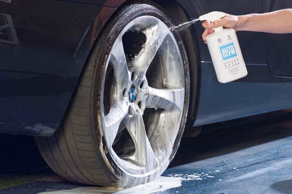 clean car alloy wheels