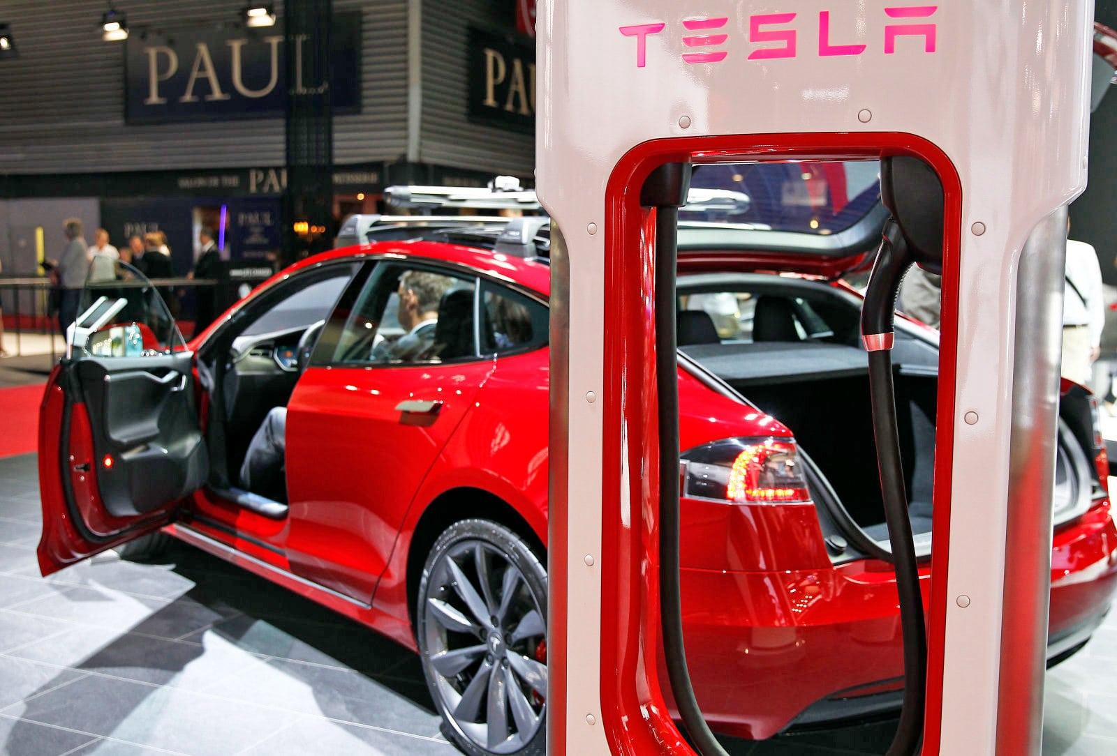 How Long Do Electric Car Batteries Last