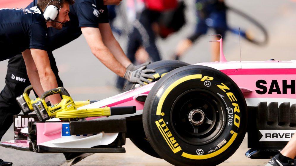 Formula 1 guide team
