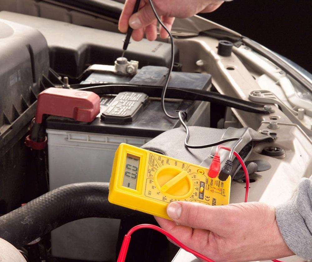 how to test radiator fan with multimeter