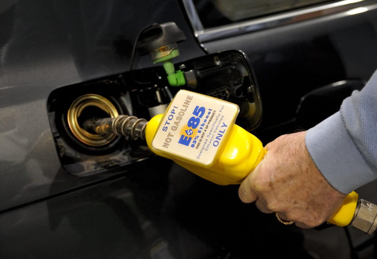 fuel filling car