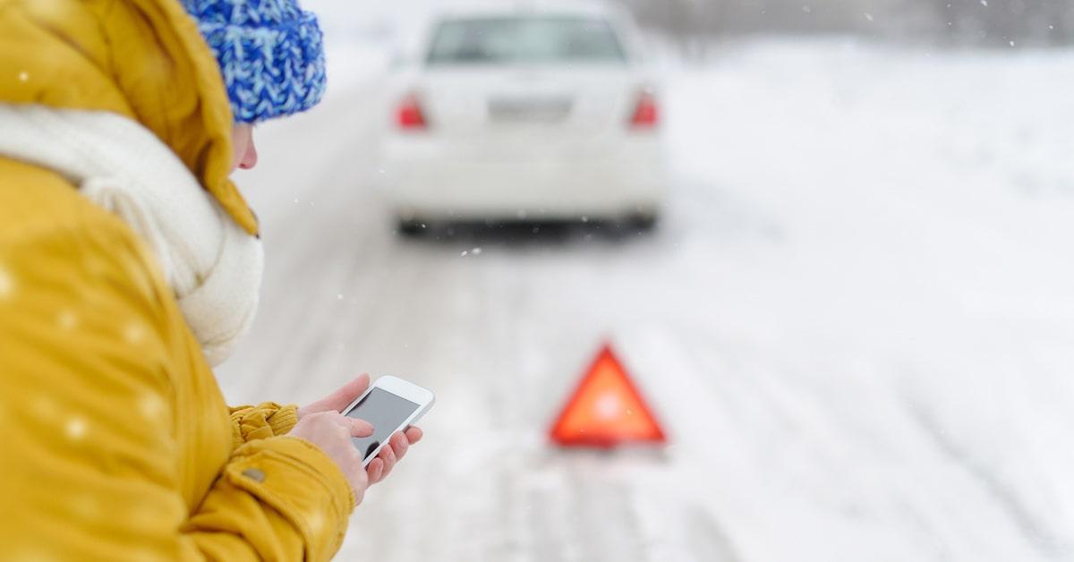 car emergency in snow