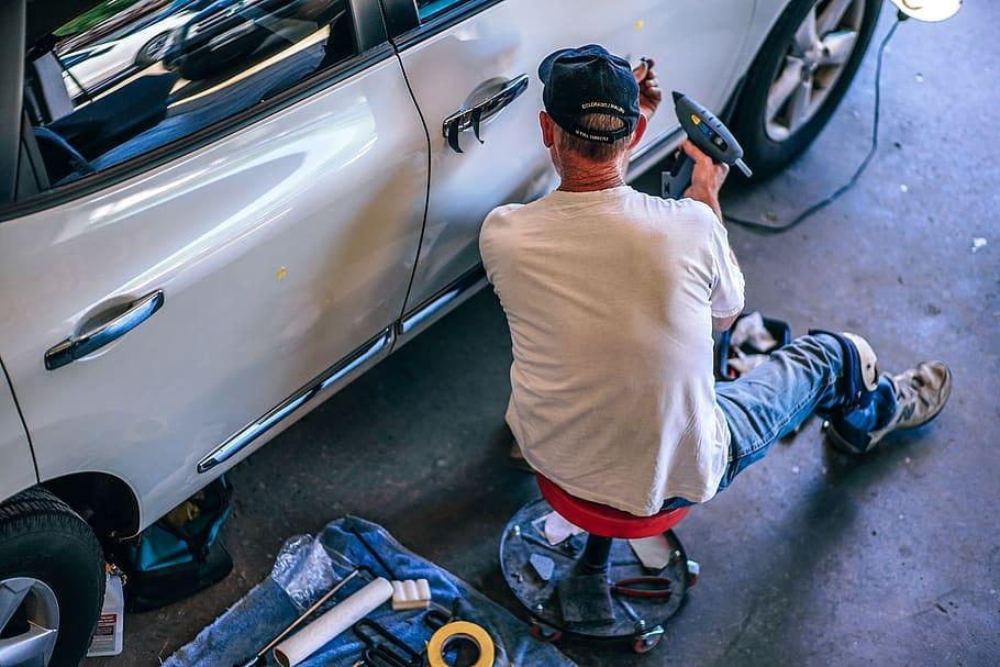 How much does it cost to replace a car door