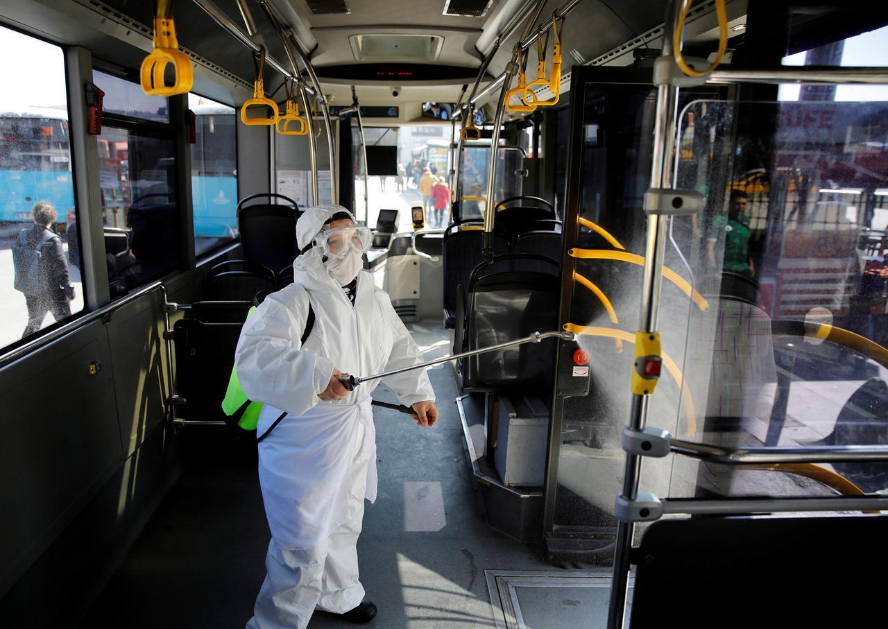 avoid coronavirus public transport