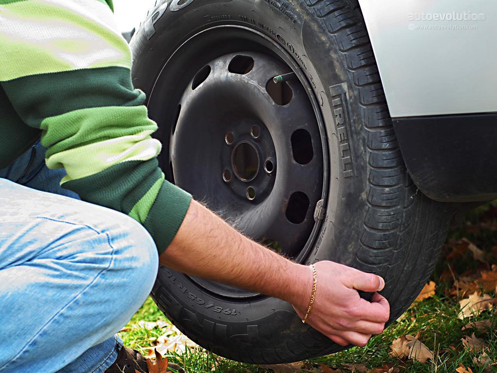 replacing tire