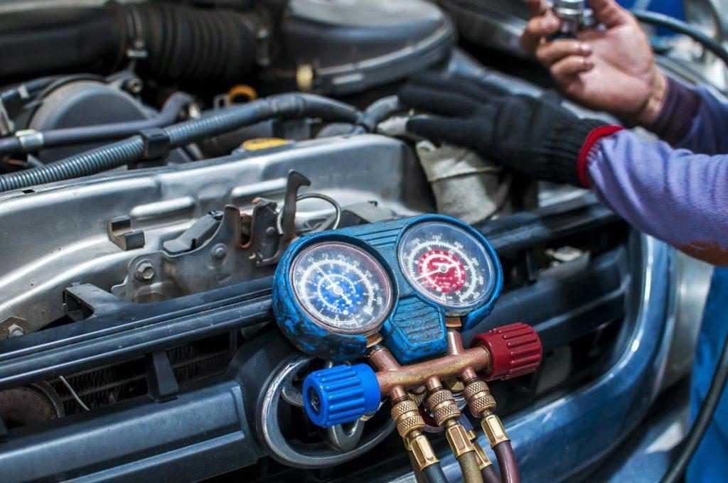 ac compressor low oil symptoms