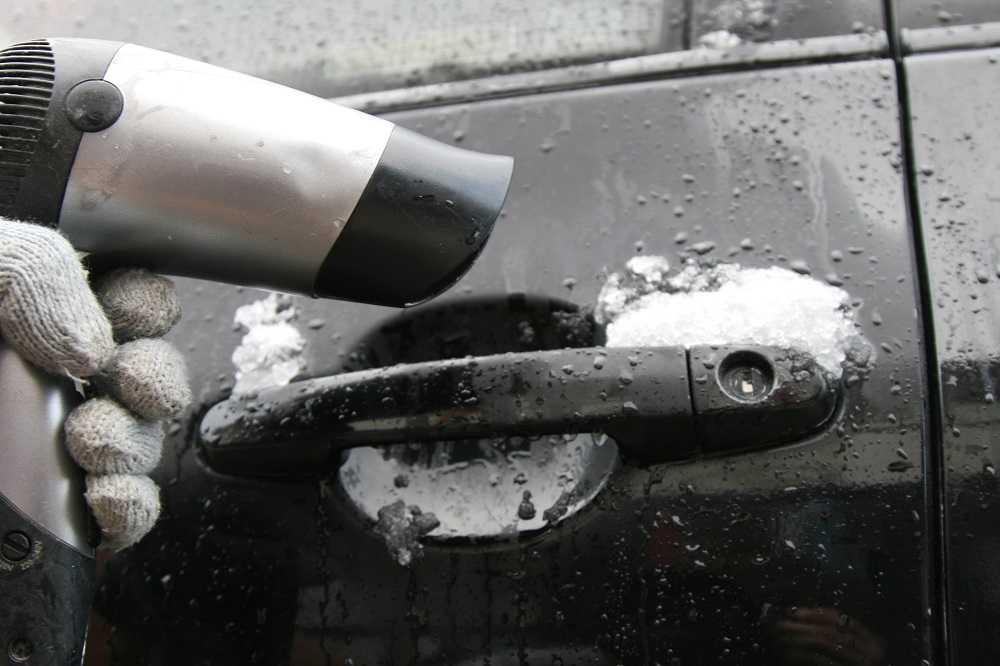 how to open frozen car door