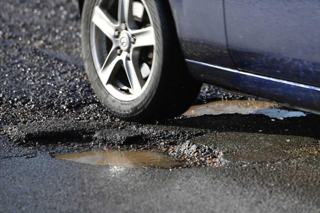 potholes damage to car