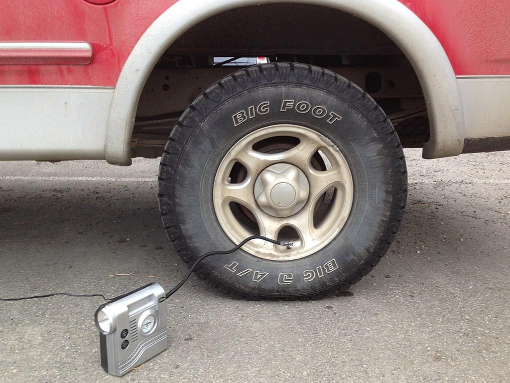 what is considered low tire pressure