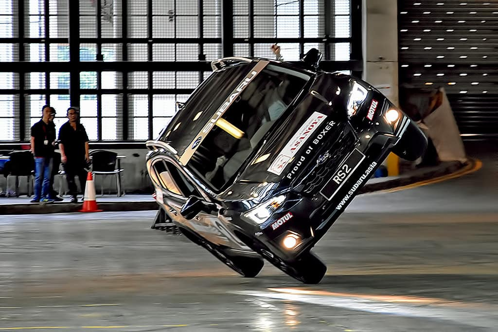 how to become a stunt driver