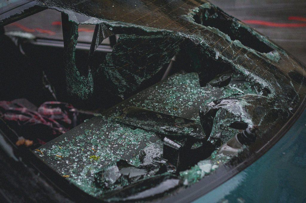 Car mirror breaks
