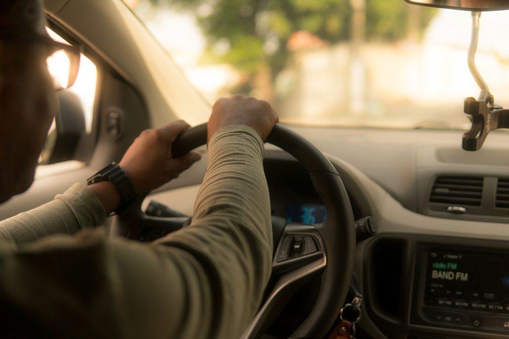 hand driver steering wheel