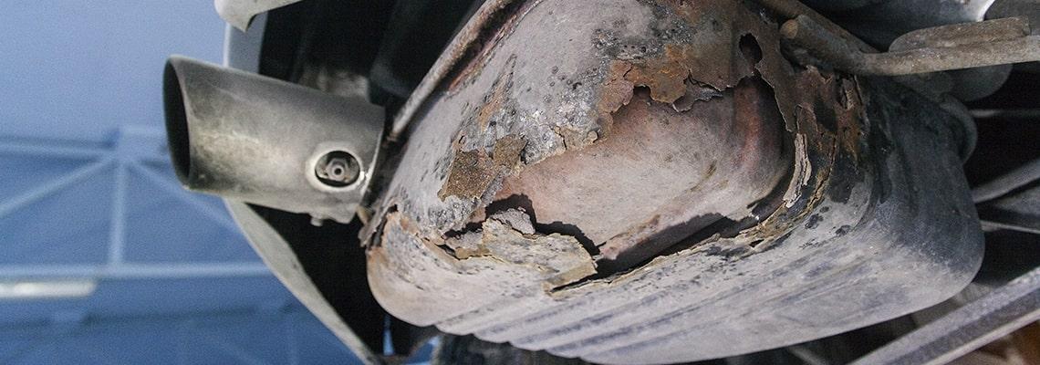 cracked muffler