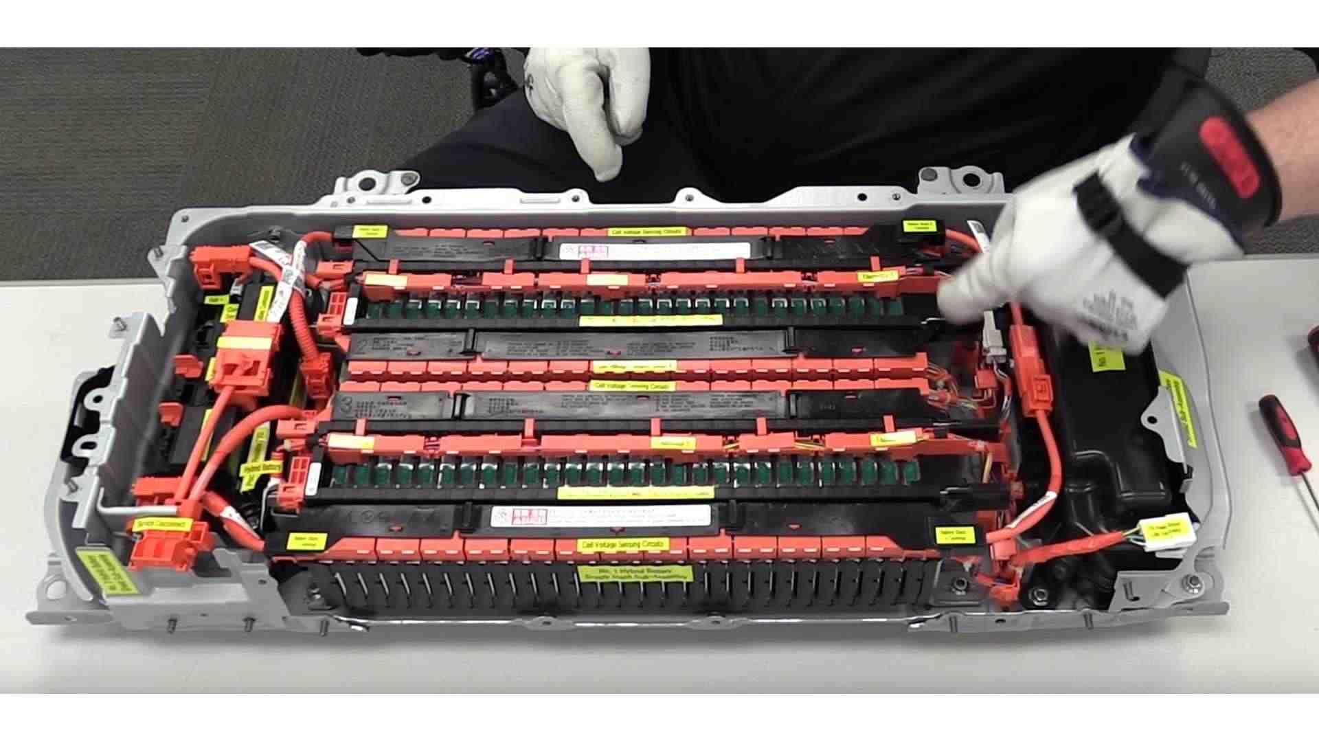 dead Toyota Prius battery