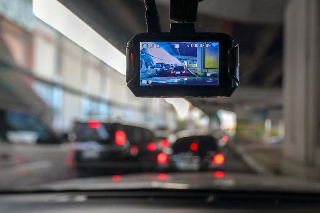 dashcam helps support claim in accidents