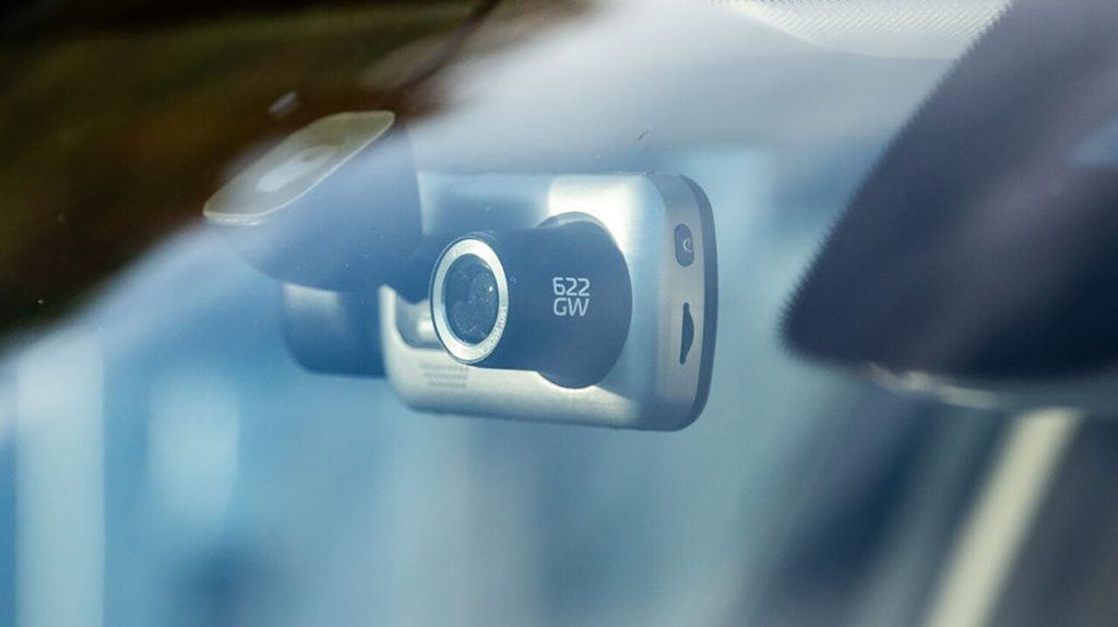 how dashcam work on your car